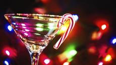 460587601 Holiday Cocktail