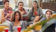 Thinkstockphotos 492320238 Group Of Student Friends At Home Watching Football