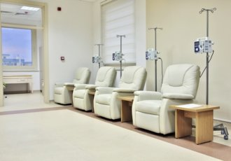 Thinkstockphotos 480135293 Cancer Treatment Chemotherapy Room