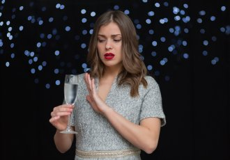 Thinkstockphotos 504901094 Woman Refusing A Glass Of Champagne