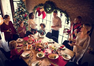Thinkstockphotos 623207678 Holiday Dinner