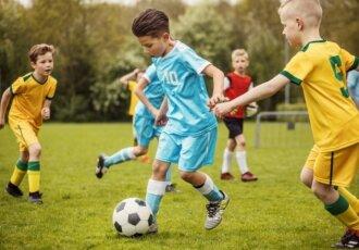Kid playing soccer 720x480 352b68df 5564 46cf 82b4 454475d1284c