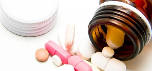 4 Tips for Caregivers Managing Medications