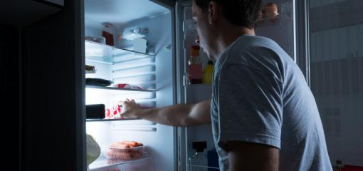 10 Guilt-Free Options For Late-Night Snacking