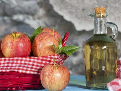 Top 4 Proven Benefits of Apple Cider Vinegar