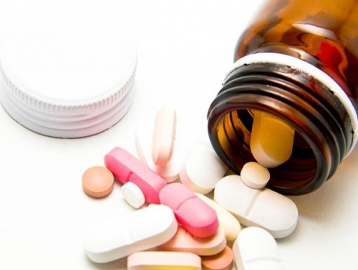 4 Tips for Caregivers Managing Medications