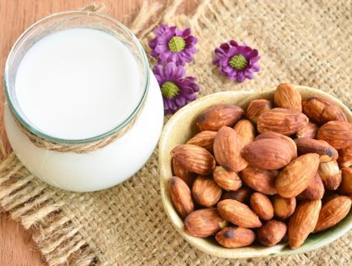 Top Picks for Non-Dairy Milk Alternatives