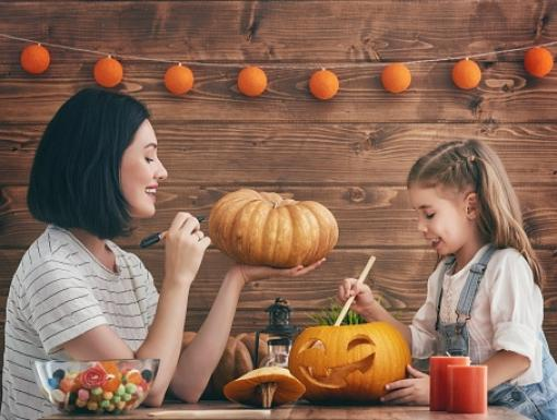 Tips to Create a Family-Friendly Jack-O-Lantern