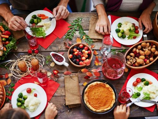 10 Tips to Manage Your Diabetes During the Holidays