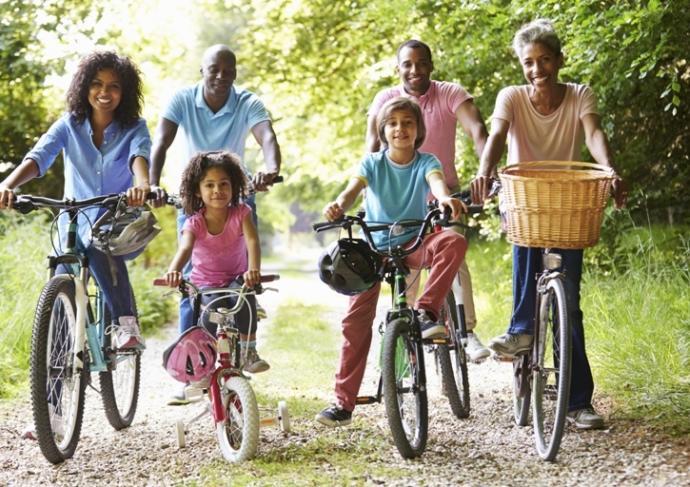 460473809 Family On Bikes