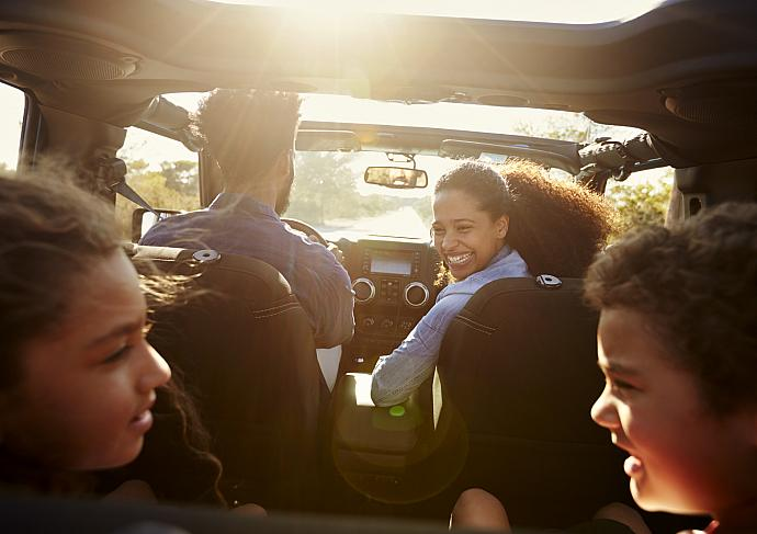 Family In Car Thinkstockphotos 639001222