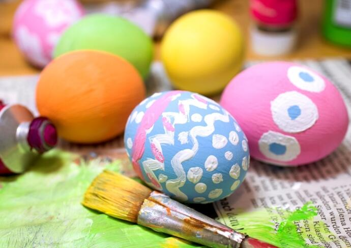 Thinkstockphotos 154321620 Painted Easter Eggs