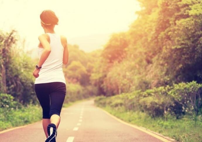 Thinkstock Photos 475360834 woman running on path
