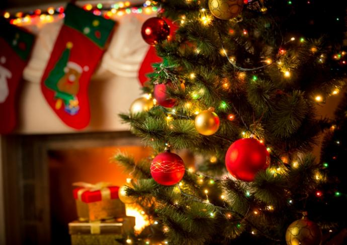 Thinkstockphotos 493559502 Decorated Christmas Tree