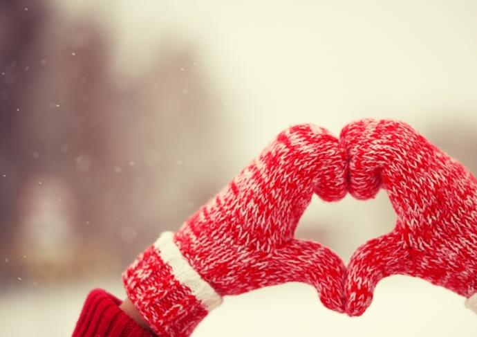 Thinkstockphotos 498056894 Heart Of Mittens