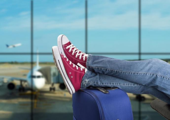 Thinkstockphotos 531725853 Travel Legs