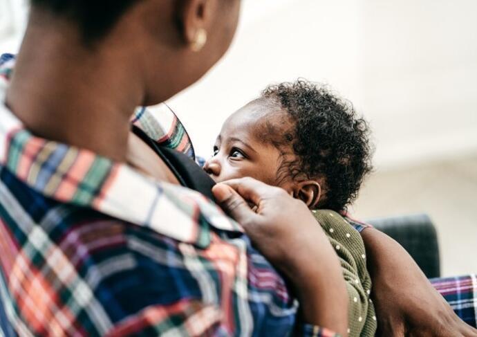 Breastfeeding mom baby breastfeed 2020 2 21 720x480 540bacec c26a 44d3 af38 836b4fe0933b