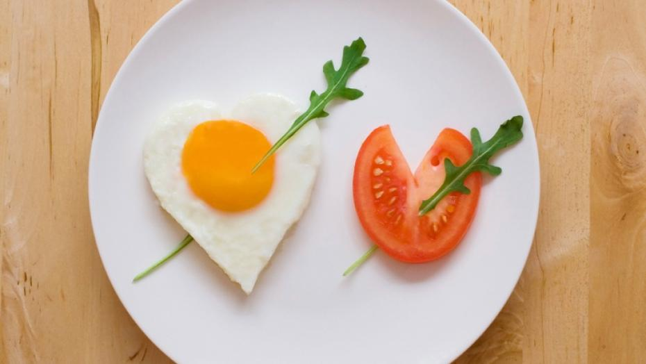 101527242 Egg And Tomato