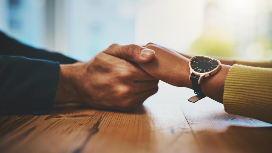 Gettyimages 926653366 Comfort Hands