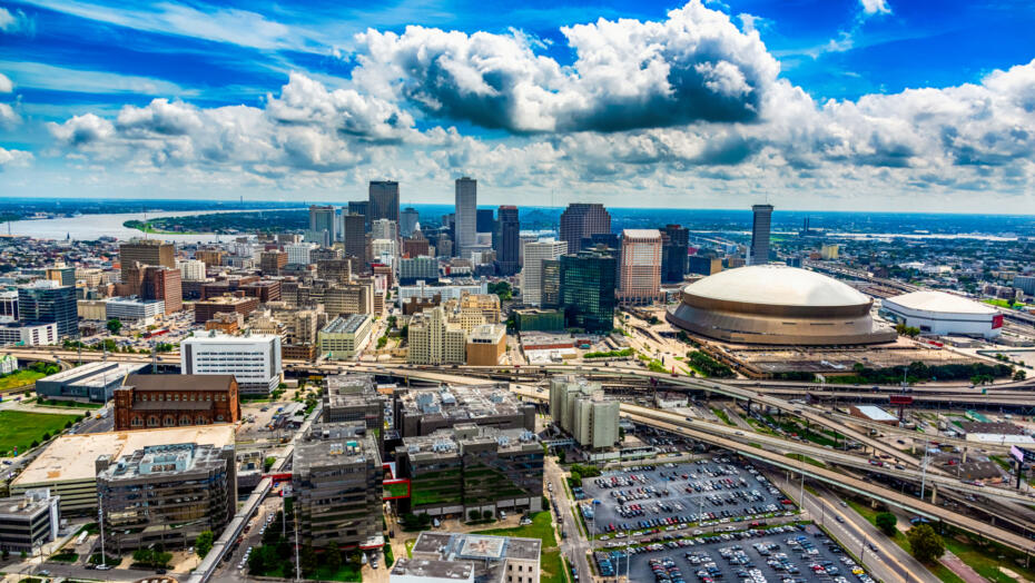 New Orleans Superdome and city skyline