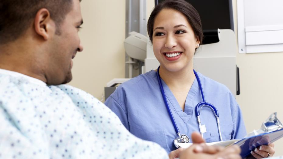 Thinkstockphotos 76801646 Healthcare Worker With Patient