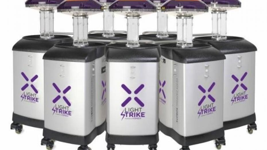 Xenex Lighstrike Robots Scaled