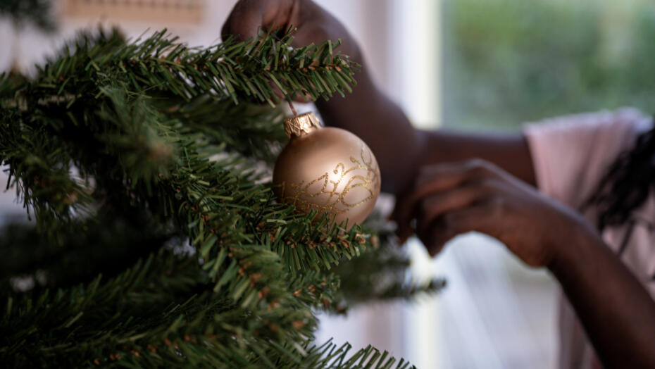Christmas ornaments child safety