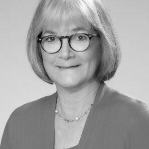 Dr Susan Nelson