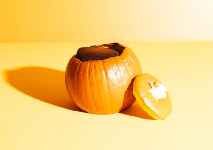 Chocolate Cake in a Pumpkin