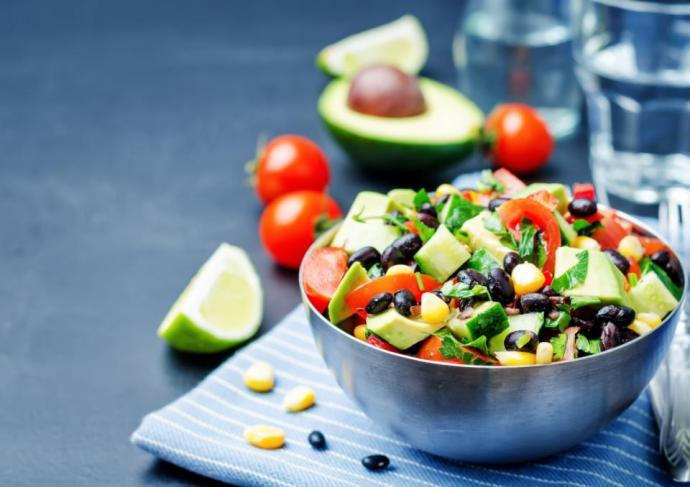 Thinkstockphotos 518088268 Black Bean Salad Scaled2